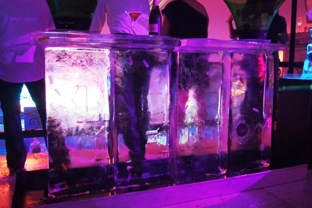 Ice bar range